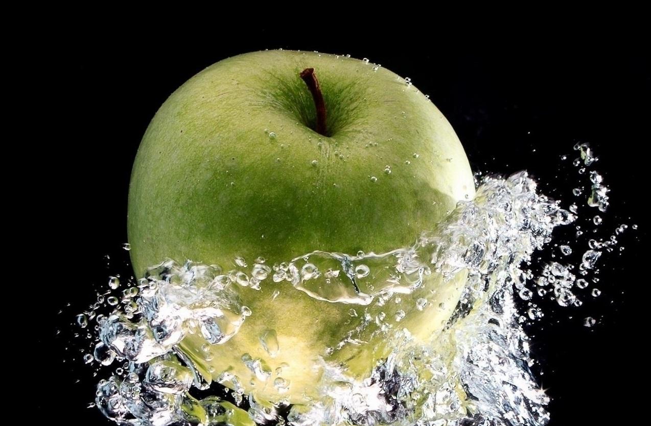 zielone-jablko-woda